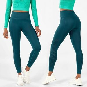 FABLETICS Sync High-Waisted 7/8 Leggings SMALL